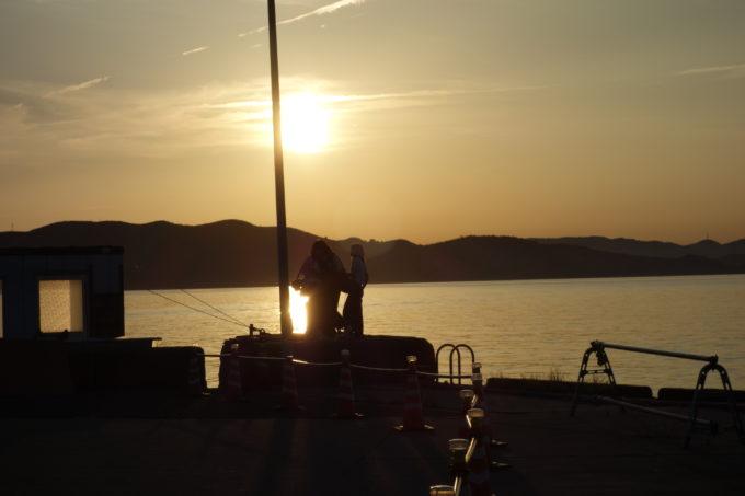 豊島の港から見る瀬戸内海