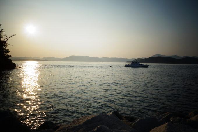 島から瀬戸内海を撮影した様子
