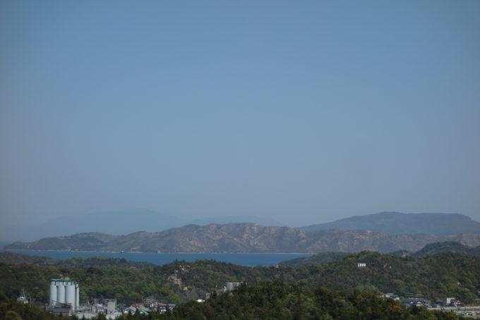 山陽から望む伊島(石島)、豊島、小豆島