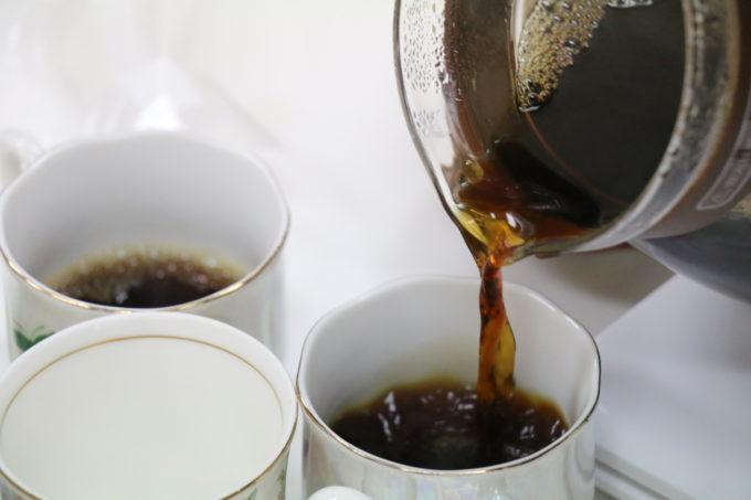 コップに入れるコーヒー