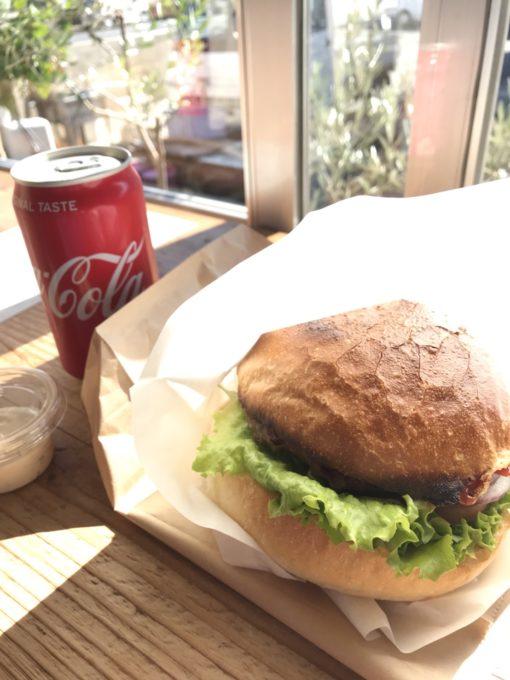 #8wire ハンバーガーとコーラ